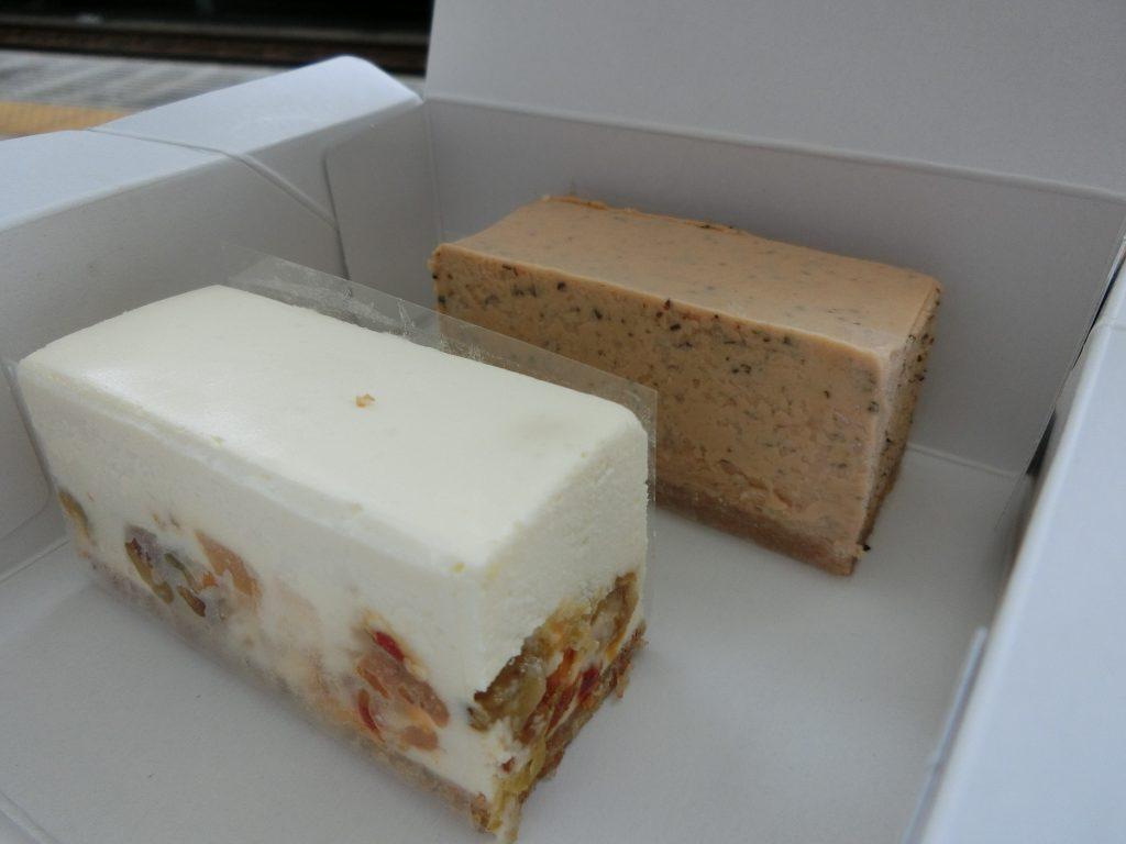 ドライフルーツのレアチーズケーキ