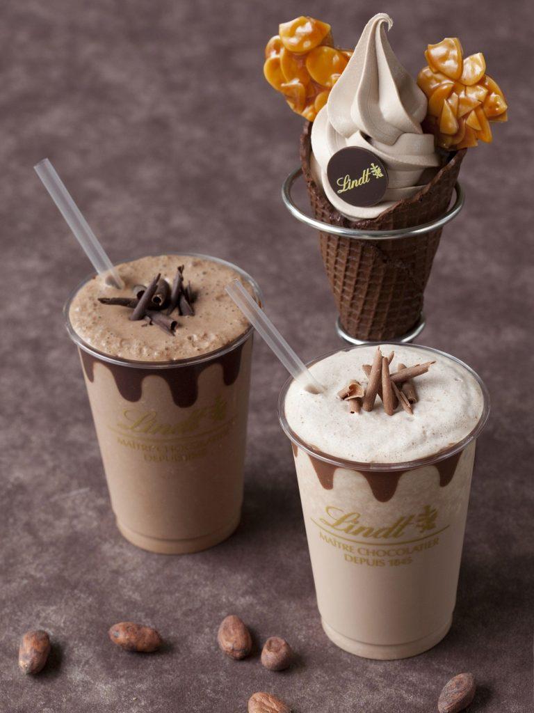 リンツ アイスチョコレートドリンクとソフトクリームショコラ